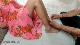 देसी मेडम जी ने जब पति घर पे नहीं थे तब अपने कस्टमर से चुदी हिंदी ऑडियो